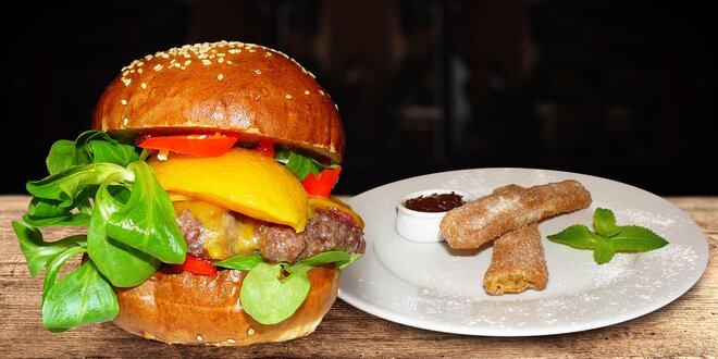 Nabité menu s pivkem v Tom´s Burger