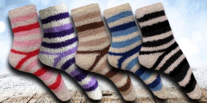 12 párů proužkovaných dámských ponožek