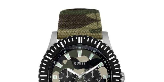 Pánské maskáčové analogové hodinky Guess  63ea85dafe