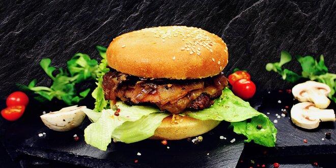 Naducaný burger: šťavnaté maso, domácí houska