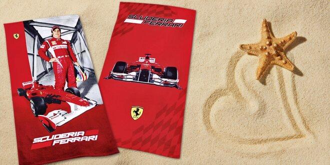 Plážová osuška s logem Ferrari