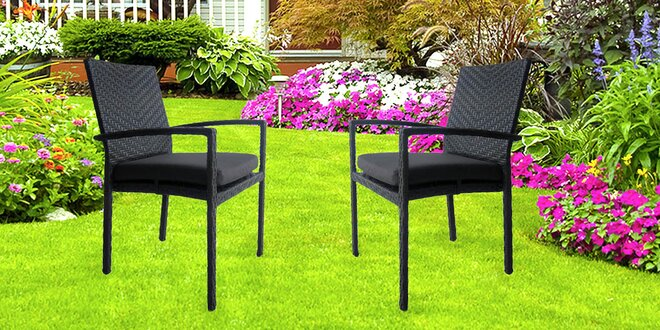 Pohodlí v kvalitních židlích z umělého ratanu