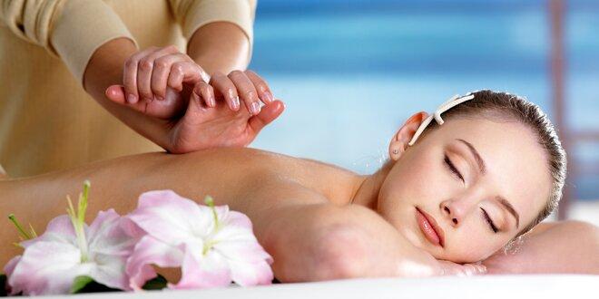 75minutová relaxace: Masáž a zábal dle výběru