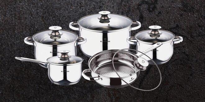 Velká sada nerezového kuchyňského nádobí