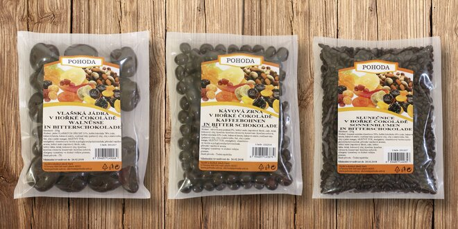 Ovoce a ořechy v hořké čokoládě