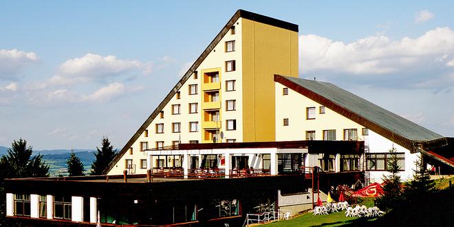 Dovolená a relax na Valašsku: polopenze, lahev vína, bazén i další aktivity