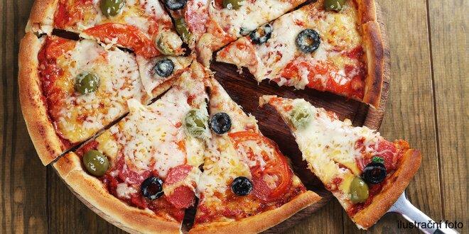 Pizza dle výběru v restauraci Čtyřlístek