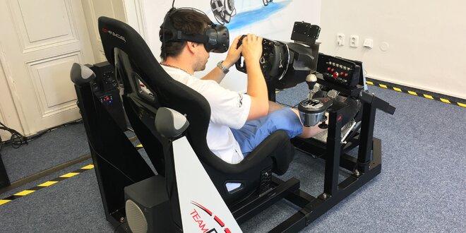 Závodní simulátor ve virtuální realitě