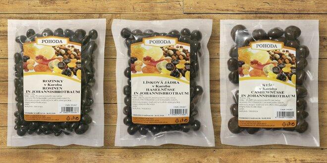 Ovoce a ořechy obalené v karobu