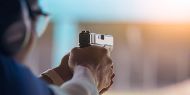 Akční zážitková střelba ze 6, 8 nebo 10 zbraní