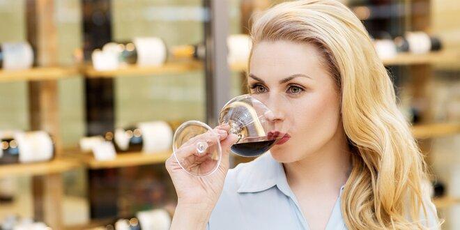 Degustace pěti druhů vína na trhu ve Stromovce