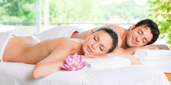 Romantická párová masáž včetně aromaterapie