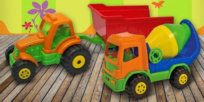 Dětská auta z odolného plastu pro malé řidiče