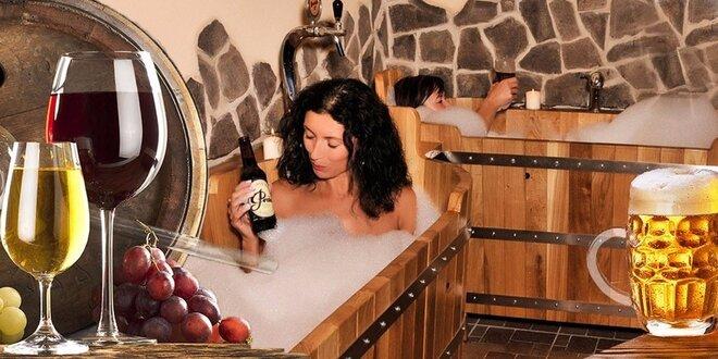 Romantika v kádi: Privátní pivní nebo vinná lázeň pro dva včetně nápoje