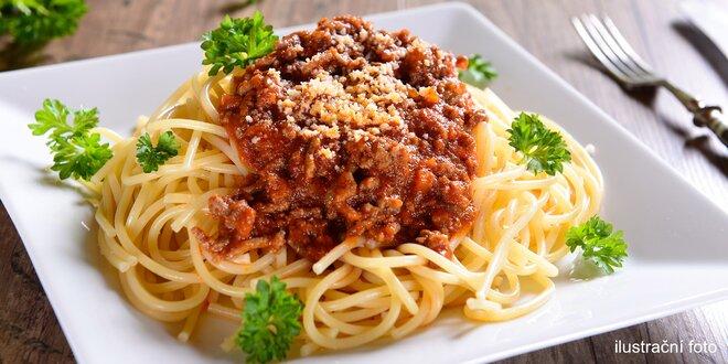 Boloňské špagety s parmezánem v Galerii Slovany