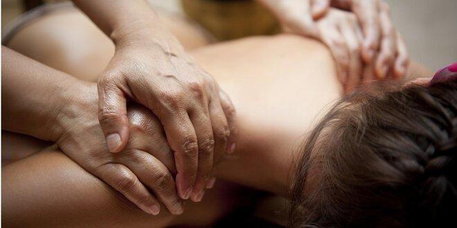 Hýčkání celého těla - 60minutová čtyřruční masáž