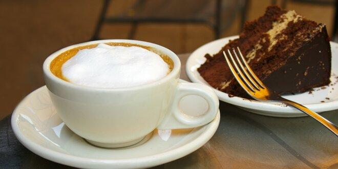 Vstup do dětské herny a káva s dortem pro rodiče