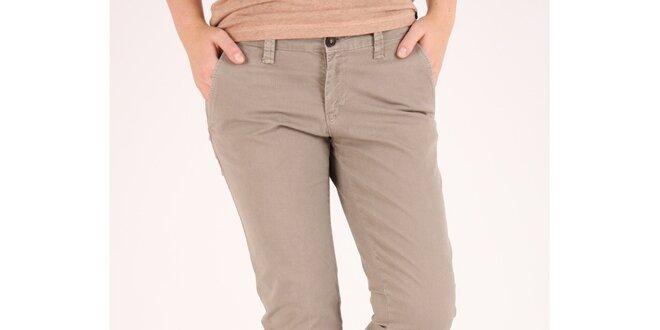c1606e95bea1 Dámské béžové chino kalhoty Pepe Jeans