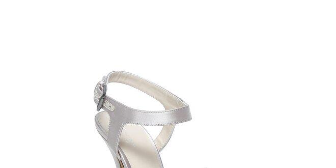 Moderní boty Bourne
