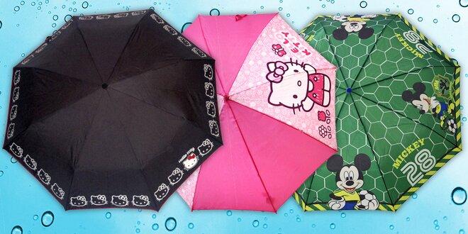 Dovádění mezi kapkami deště: dětské deštníky