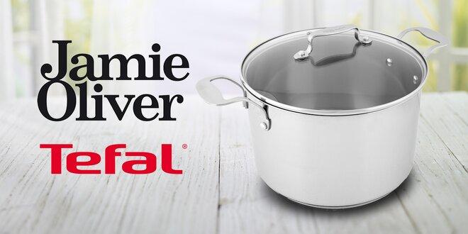 Velký hrnec značky Tefal od Jamieho Olivera