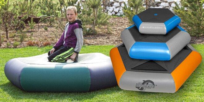Nafukovací trampolíny na zahradu i do bazénu