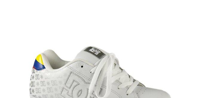eab6a805034 Pánské bílé tenisky DC se stříbrným logem