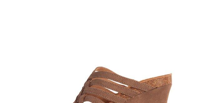 521b8847d775 Dámské hnědé semišové pantofle Dr. Scholl