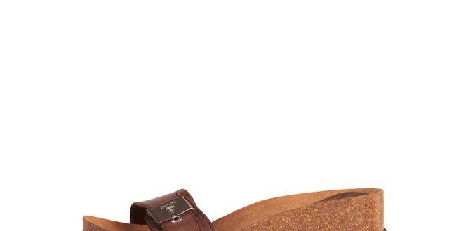 Dámské hnědé pantofle se stříbrnou přezkou Dr. Scholl