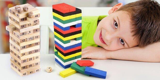 Zábavná hra s číselnou i barevnou dřevěnou věží