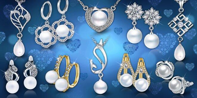 Elegantní perlové šperky  náušnice i náhrdelníky  fd7cc7ebca1