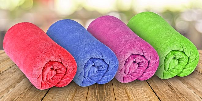 Barevné deky z mikrovlákna v rozměru 150 x 200 cm