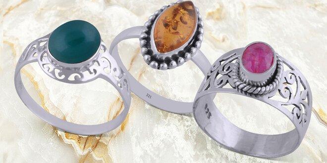 Stříbrné prsteny s přírodními kameny