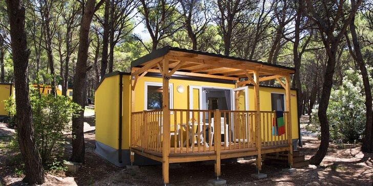 Chorvatské Baško Polje: klimatizovaný mobilní dům v kempu až pro 6 osob