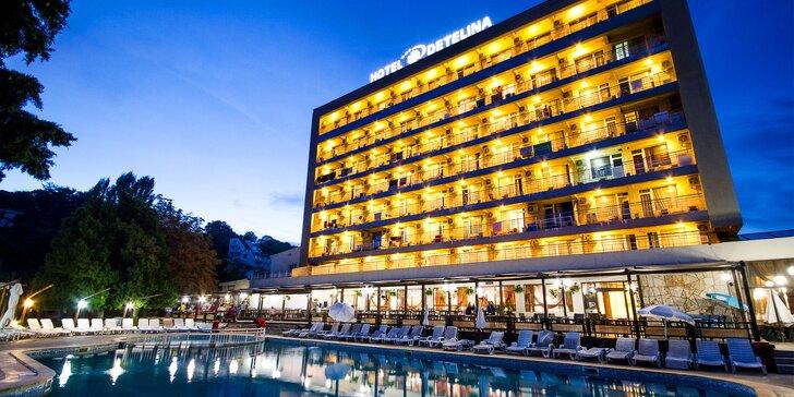 Veget u moře v letovisku Zlaté Písky: all inclusive, hotel s bazénem i doprava busem