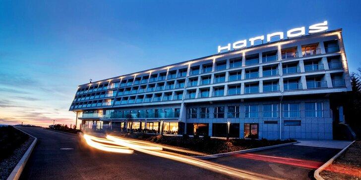 Léto nebo podzim v Polsku: krásný hotel s výhledem, snídaně i vstup do aquaparku