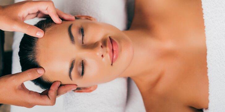 Liftingová masáž obličeje i kosmetické ošetření vč. barvení řas a obočí