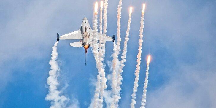 Celodenní vstupenka na tradiční leteckou show v Hradci Králové