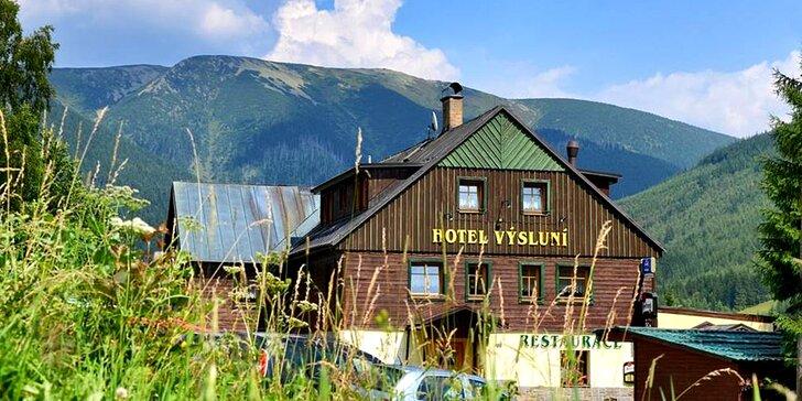 Pobyt v rodinném hotelu ve Špindlu: polopenze, volný vstup do wellness i Vodní ráj