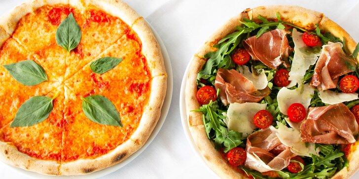 Posezení na lodi v Modřanech: 2 pizzy a lahev šumivého vína podle výběru