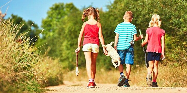 Zábavné rodinné výlety po celé republice s mapou, úkoly a hádankami