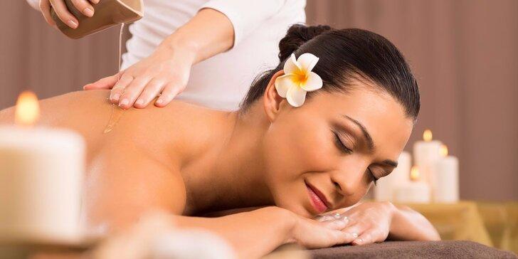 75 minut nerušené relaxace: voňavá masáž dle výběru a blahodárný zábal