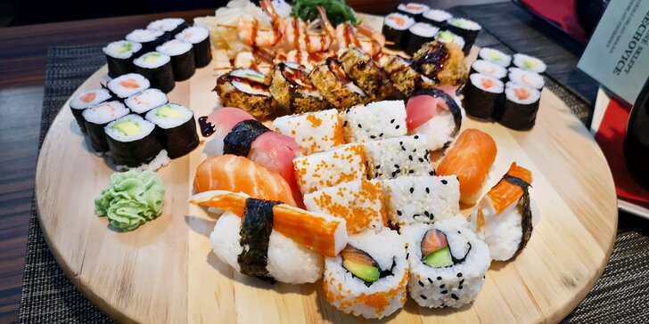 Japonsko v Olomouci: 29 nebo 39 kousků sushi s lososem, krevetami i úhořem