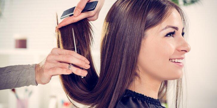 Dámská kadeřnická péče se střihem pro vlasy krátké i dlouhé