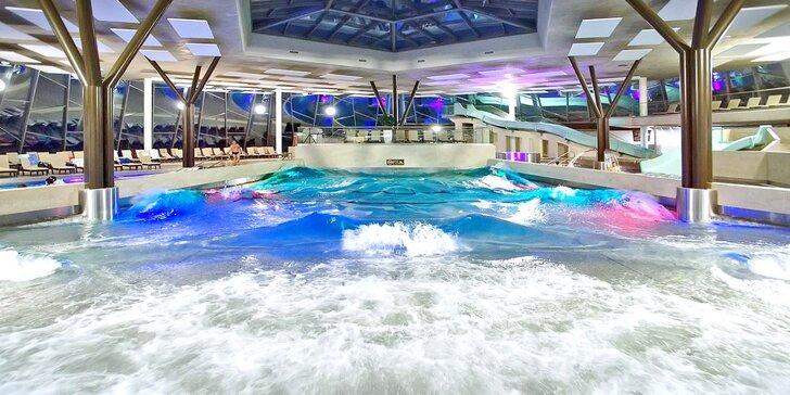 Podzimní relax na Šíravě: neomezený vstup do wellness i aquaparku a polopenze