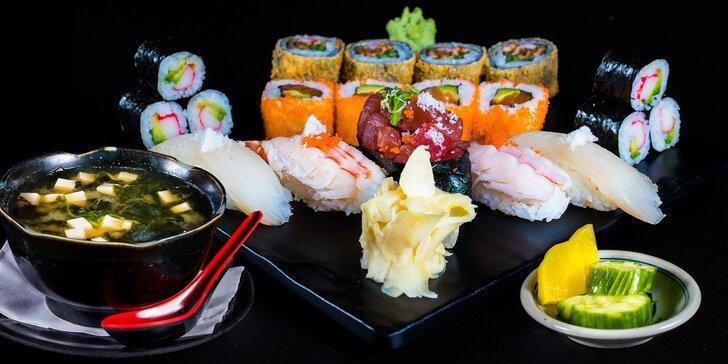 Obědové menu s japonskou polévkou a sushi setem pro 1 osobu