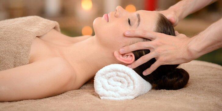 Relaxační balíček pro ženy: bylinná pára, masáž obličeje, manikúra a hand spa