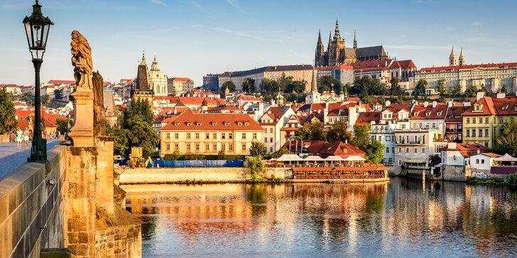 Romantický pobyt v Praze se snídaní, sektem a vířivkou i saunou na pokoji