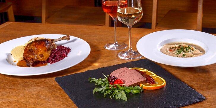 Svatomartinské menu na Kampě: husí i kachní speciality a lahev vína pro dva