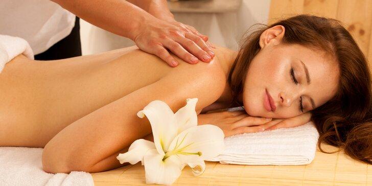 60 nebo 90 minut masáže dle výběru: havajská i aromaterapeutická masáž